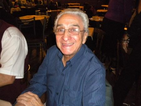 Jorge Ruben Orellana in Salon Leonesa