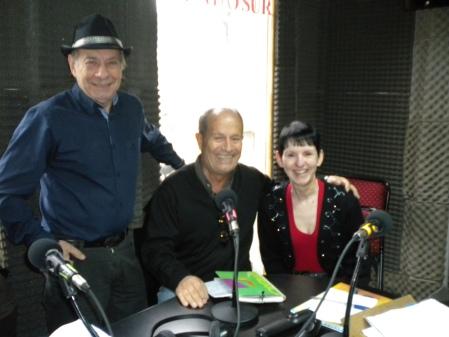 Carlos Fanel, Tito Aquino and Jantango in the studio of Mundo Sur FM