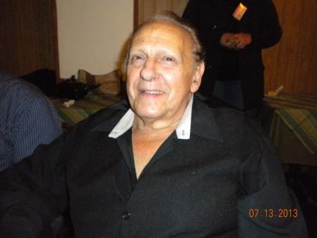 DSCN5196 Hector Guaraldi